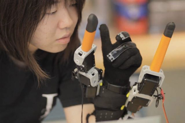 robot glove