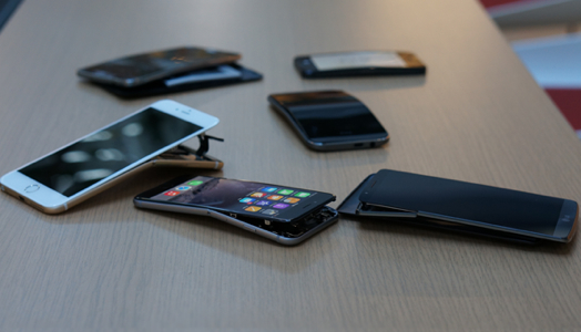 CRO_Electronics_Bent_Phones_Scattered_09-14