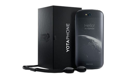 yotaphone-2-02