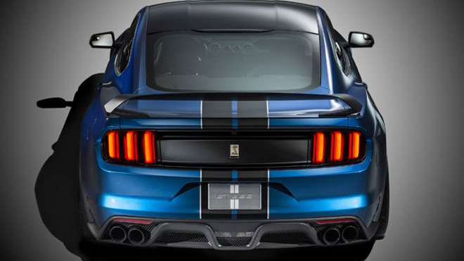 ford-shelby-gt350r-mustang-rear-above