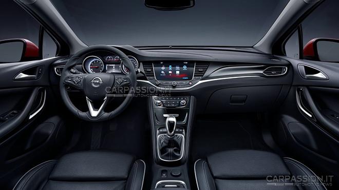 2016-Opel-Astra-13