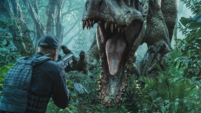 Jurassic World hasılat rekoru kırdı