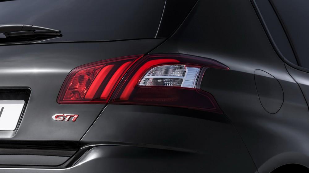 Peugeot-308-GTi-10