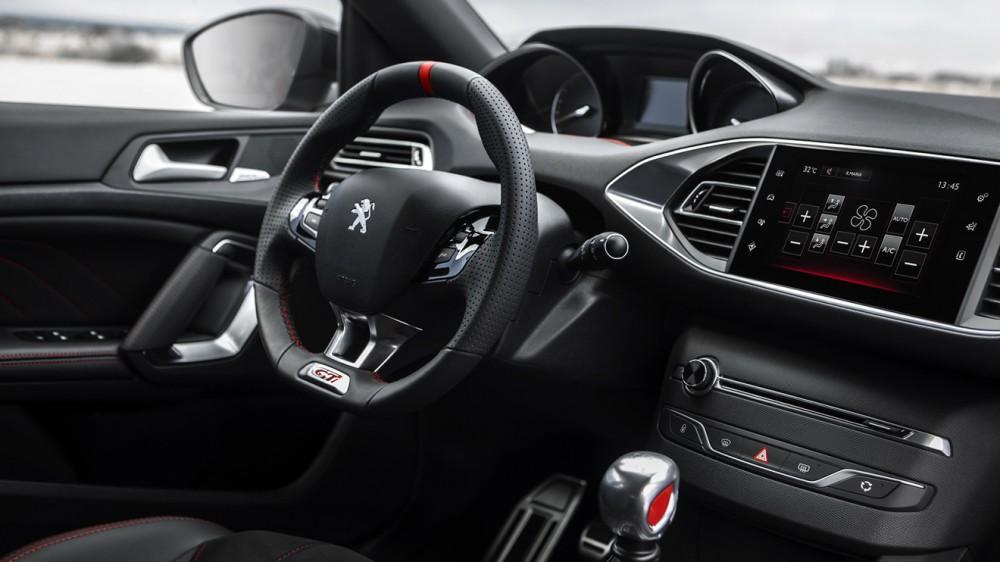 Peugeot-308-GTi-28