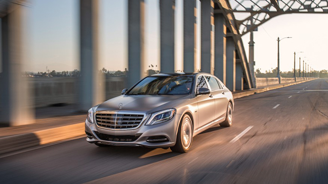 2016-Mercedes-Maybach-S600-1011-876x535