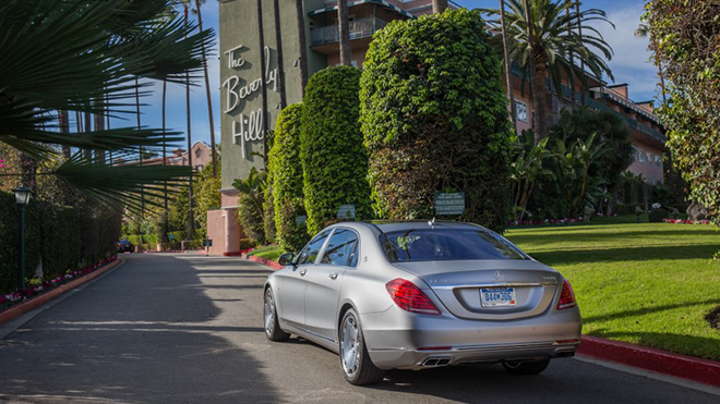 2016-Mercedes-Maybach-S600-1111-876x535