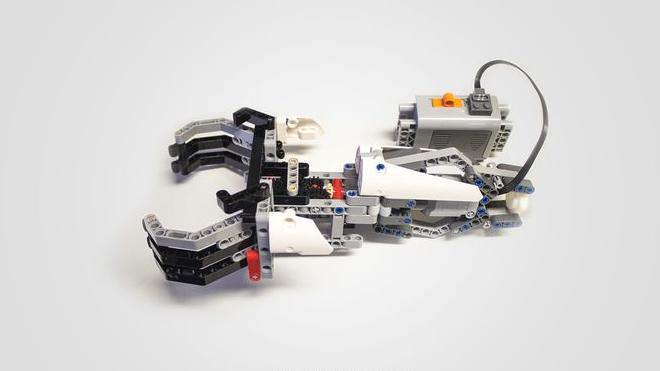 lego-arm-01