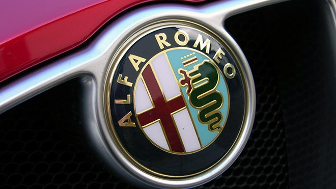 Alfa_Romeo_8c_Spider_-_Flickr_-_The_Car_Spy_(2)