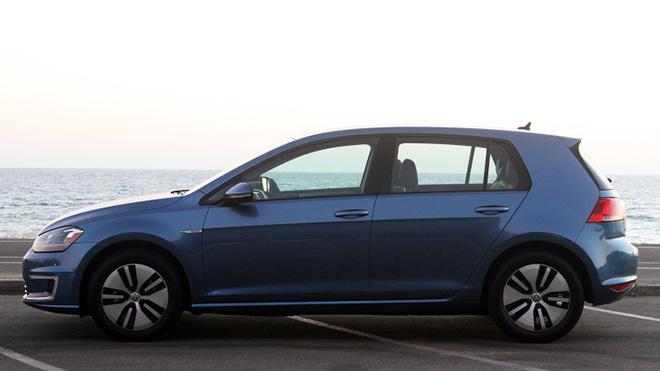 VW 2016-e-Golf-SE