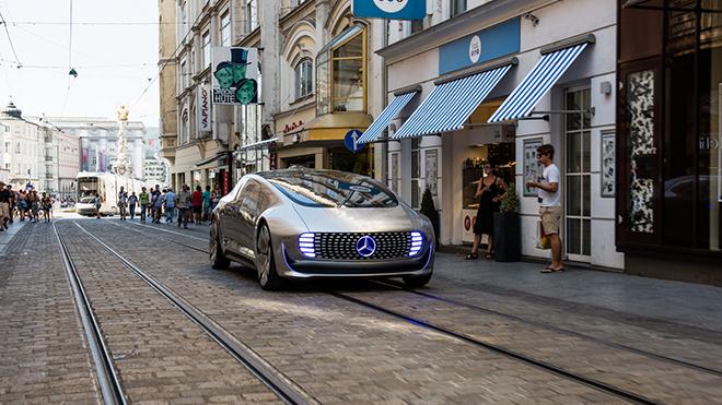 2015-MercedesF015-01