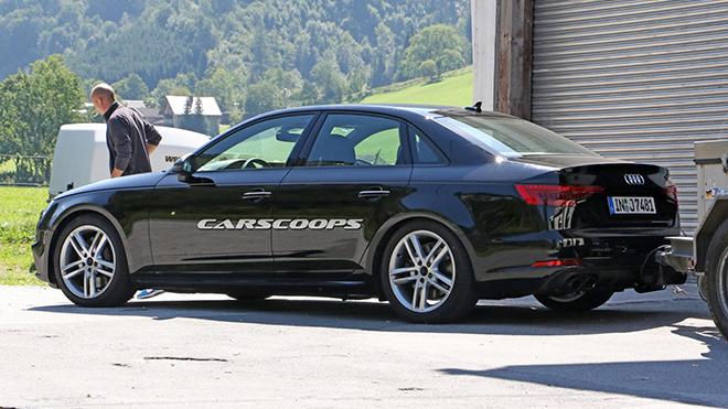 2017-Audi-S4-1