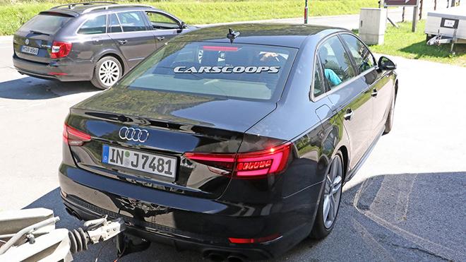 2017-Audi-S4-6