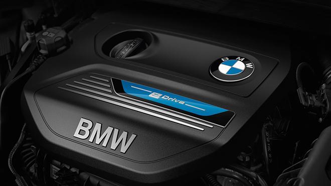 BMW-225xe-13