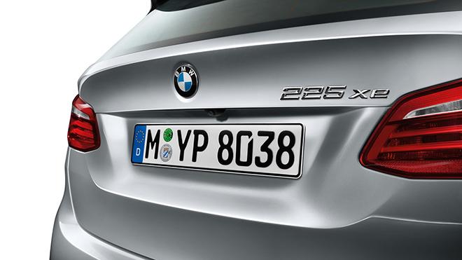BMW-225xe-5