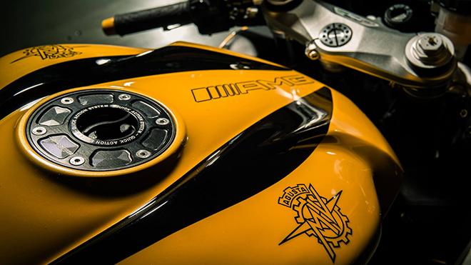 MV-Agusta-F3-800-show-bike-11