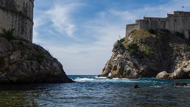Dubrovnik Old Town'ın kale dışında kalan bölümü