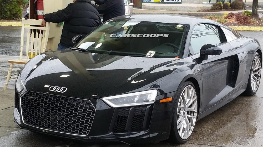2016-Audi-R8-4