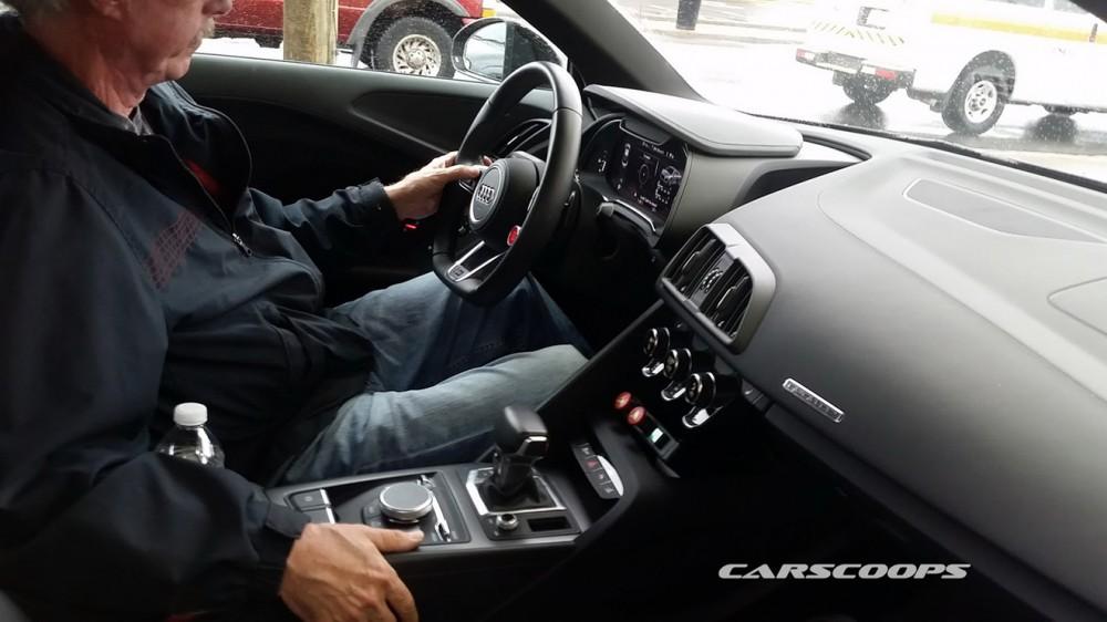 2016-Audi-R8-5