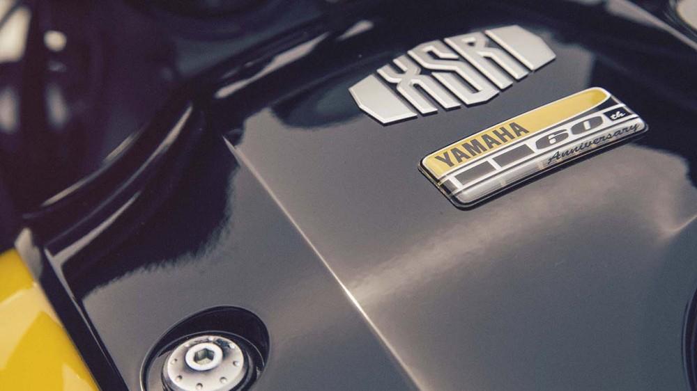 2016-Yamaha-XSR900-details-17