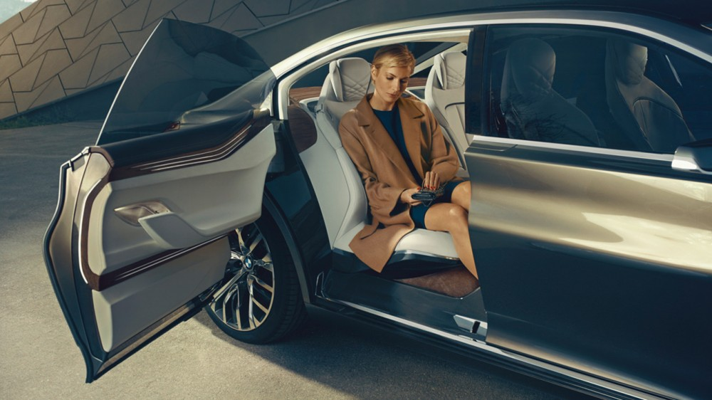 BMW-9-Series-10