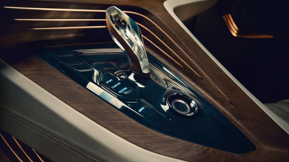 BMW-9-Series-36