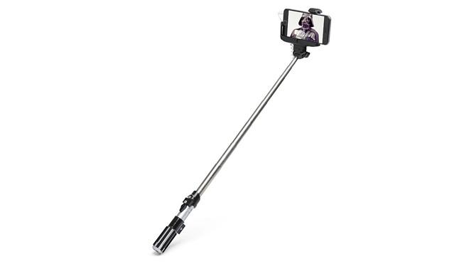 Işın kılıcı selfie çubuğu. Selfie'lerde aramayın, güç içinizde.
