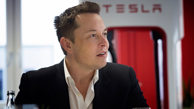 Tesla-Testdrive-054-gq-17nov14_b_813x494