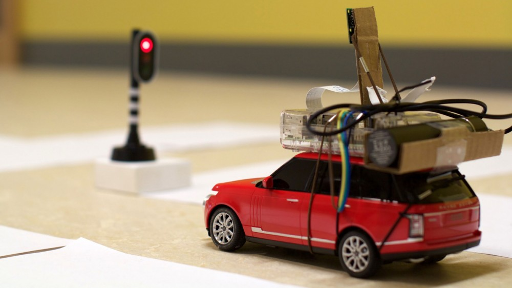 selfdriving-toy