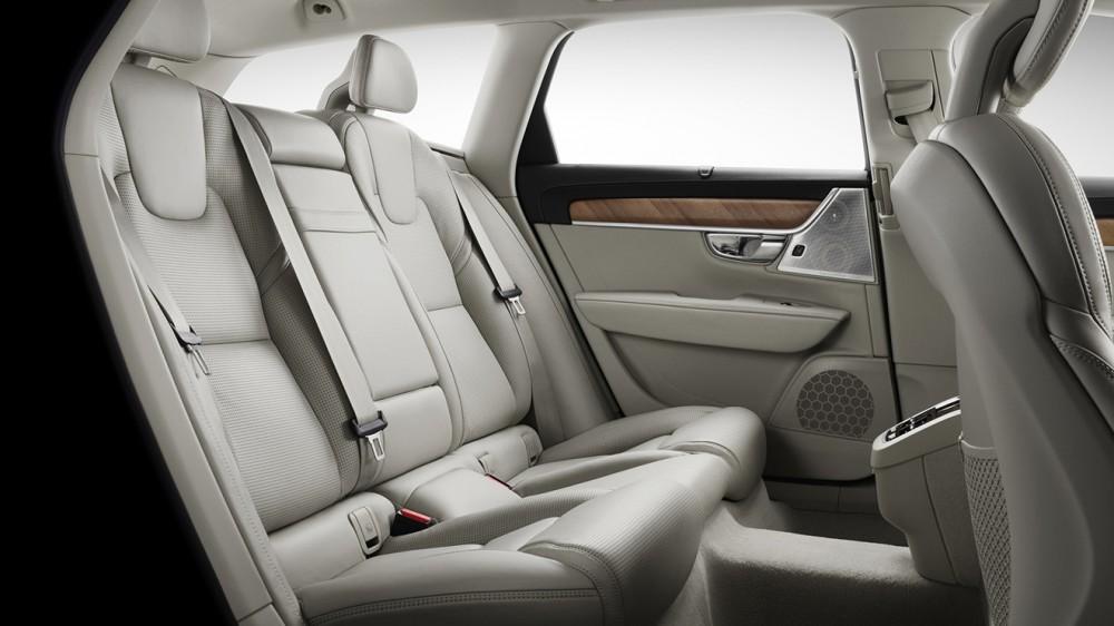 12-volvo-v90-interior-2