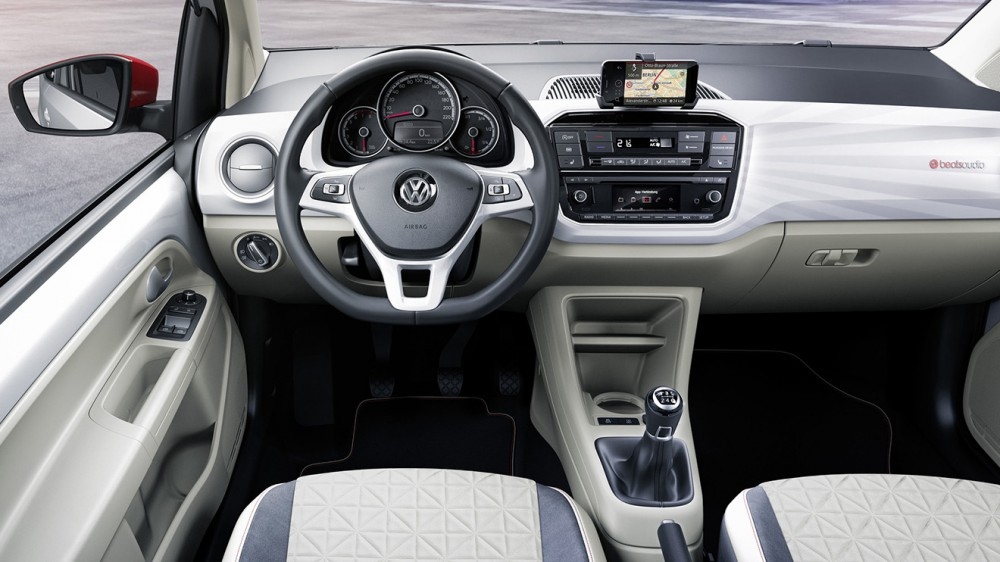 2016-geneva-volkswagen-up-refresh-015-1