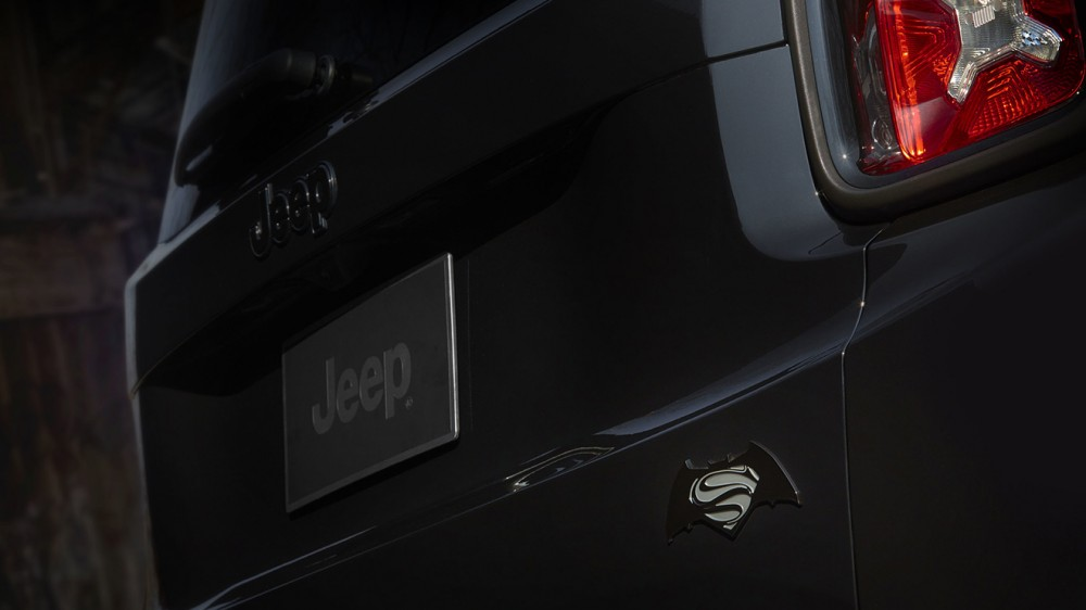 2016-jeep-renegade-dawn-of-justice-005-1