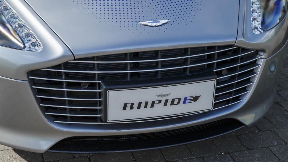 aston-martin-rapide-concept-006-1