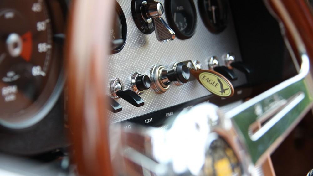 eagle-spyder-gt-close-dash-detail-1