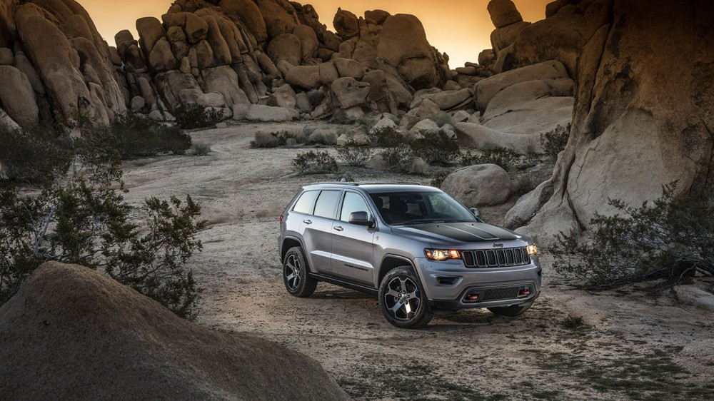 018-jeep-grand-cherokee-trailhawk-1