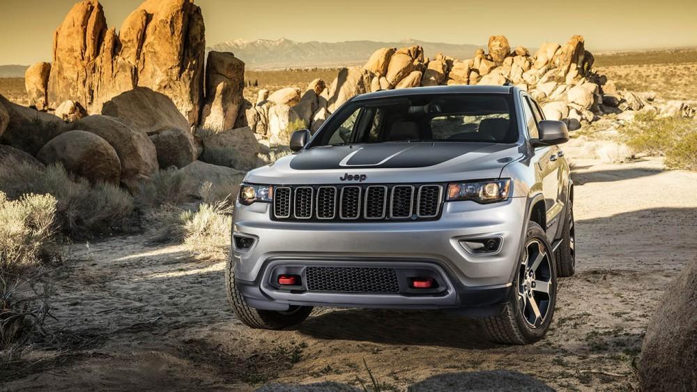 021-jeep-grand-cherokee-trailhawk-1