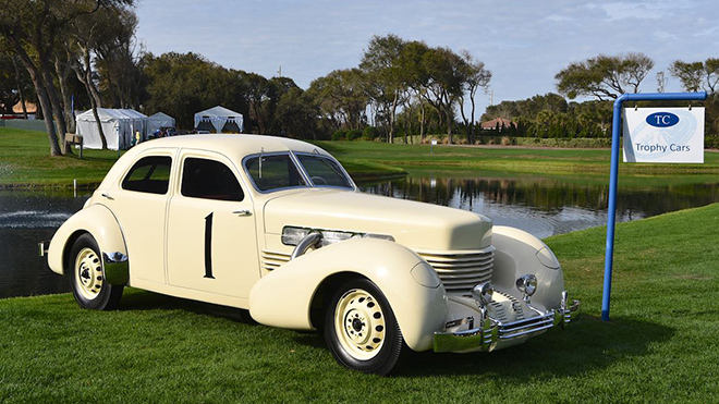 1937 Cord 812 Supercharged Beverly Sedan