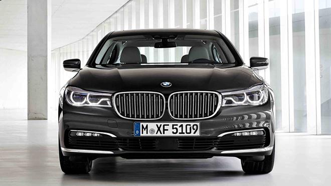 2016-BMW-750il