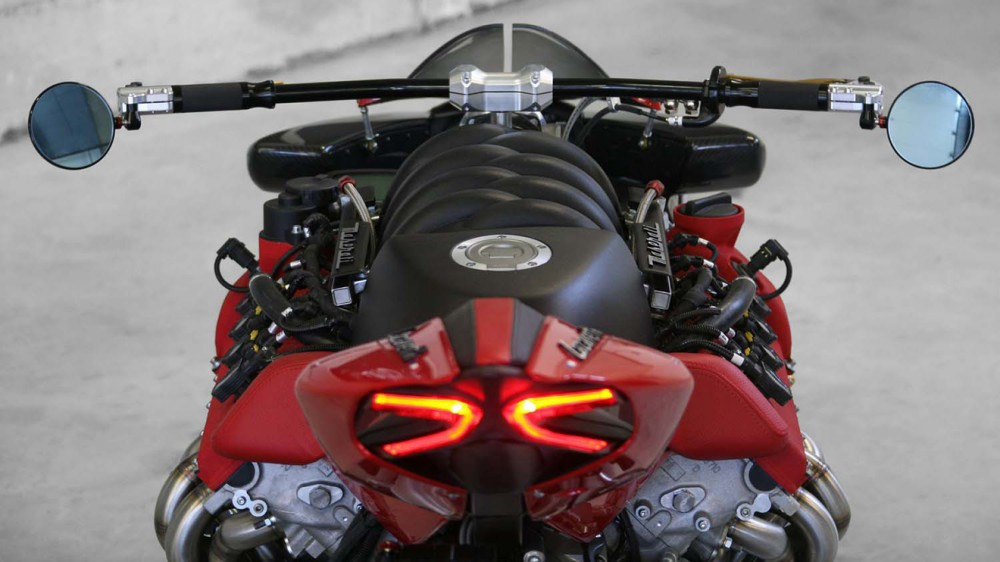 LM847c