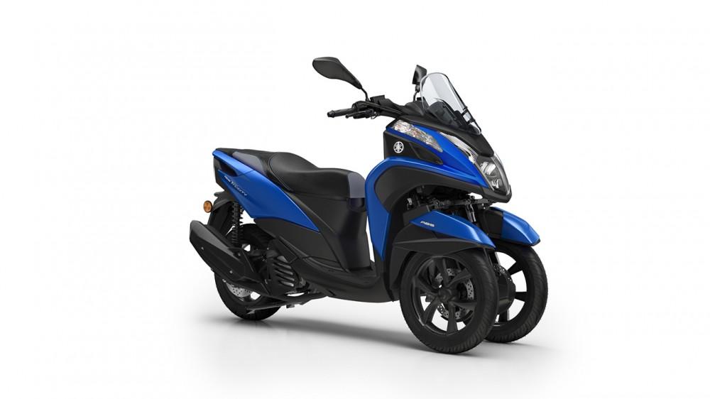 2016-Yamaha-Tricity-155-EU-Cyber-Blue-Studio-001