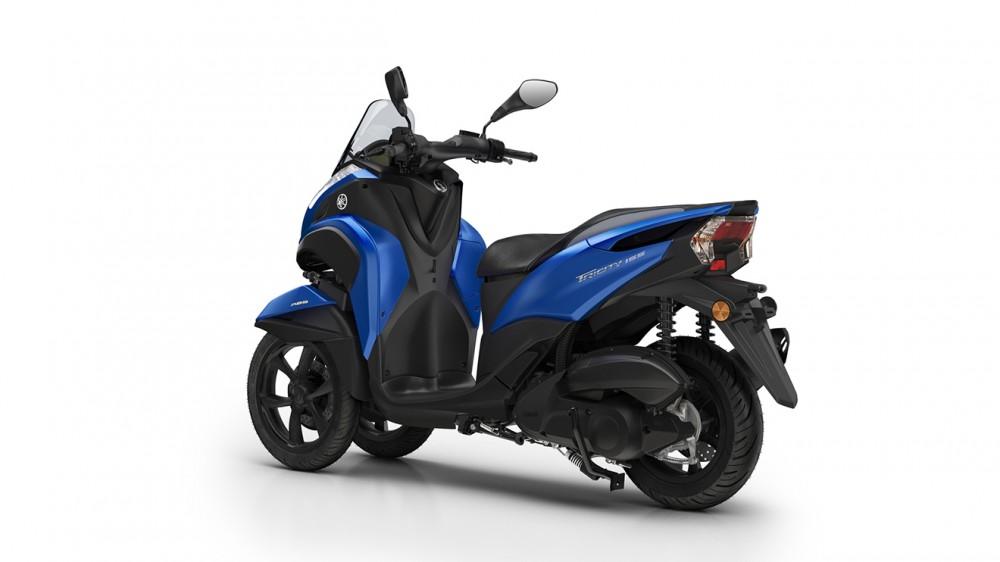 2016-Yamaha-Tricity-155-EU-Cyber-Blue-Studio-005