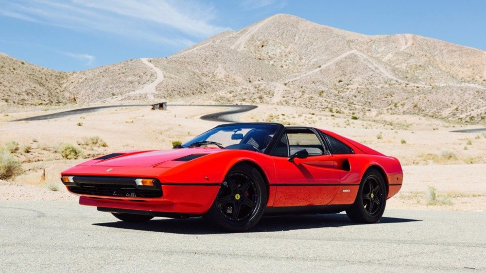 Ferrari-Profile-pic-at-Track-Horsethief-@-Willow-Spings-1-1024x683-1024x683