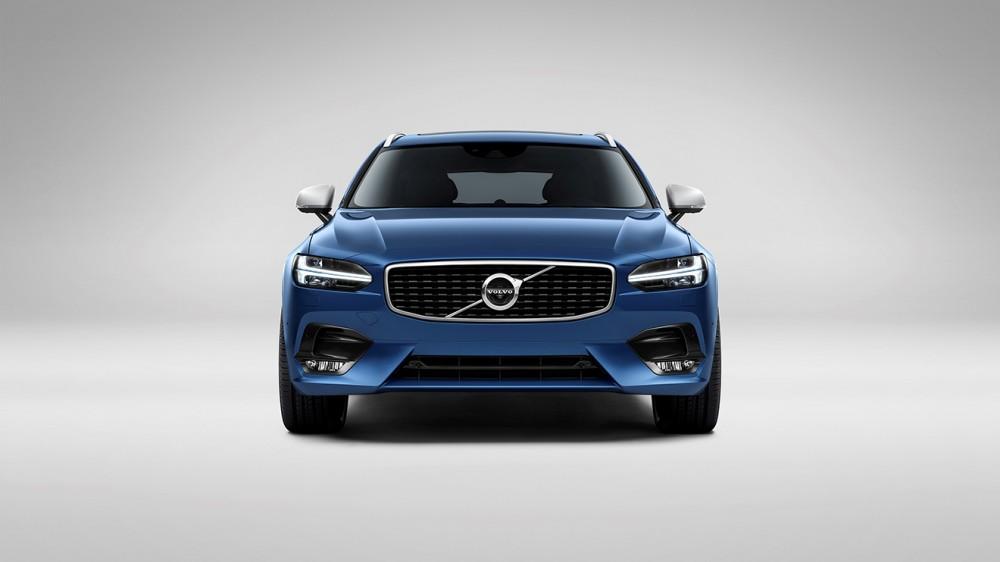 Volvo V90 R-Design Studio