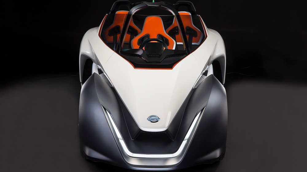 Nissan BladeGlider brings cutting edge Intelligent Mobility to l