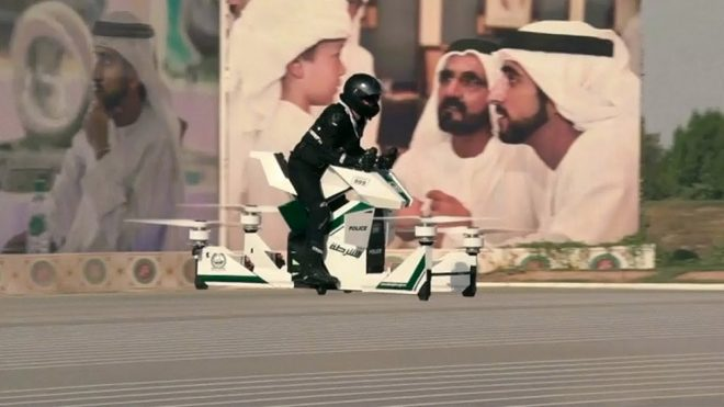Bugatti, Lamborghini ve Ferrari'yi unutun! İşte Dubai polisinin son üyesi uçan motosiklet [Video]