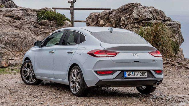 Merakla Beklenen 2018 Hyundai I30 Fastbackin Ilk Yurt Dışı