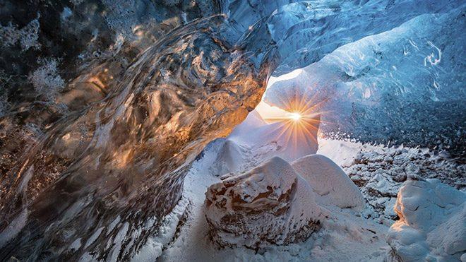 """Markus van Hauten'ın """"Ice Cave"""" isimli fotoğrafı"""