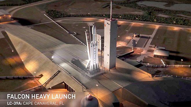 SpaceX, Elon Musk'ın Tesla Roadster'ını Mars'a götürebilir!