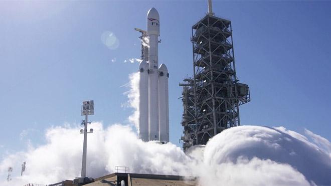 SpaceX Falcon Heavy Elon Musk