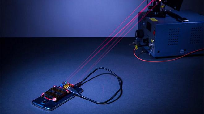 Lazer temelli kablosuz şarj