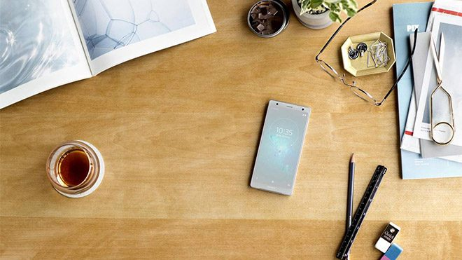 Sony Xperia XZ2 ve Sony Xperia XZ2 Compact